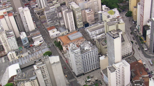 ms aerial zi shot of palacio avenida / parana, brazil - avenida stock videos & royalty-free footage