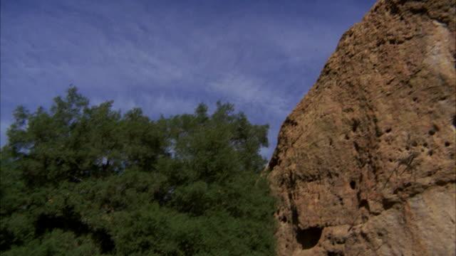 ms pan shot of palos verdes hills and rocks - palos verdes stock videos & royalty-free footage