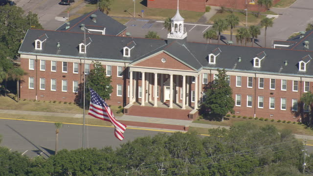 ms aerial shot of parris island & marine corp recruit depot / south carolina, united states - military recruit stock videos & royalty-free footage