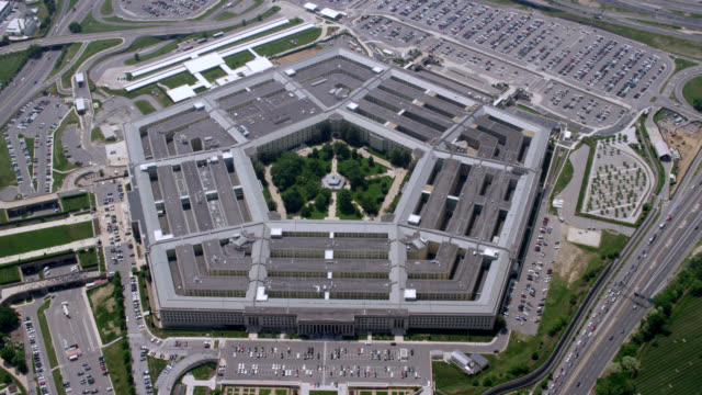 """zo ws aerial shot of   pentagon / washington dc, united states"" - military stock videos & royalty-free footage"