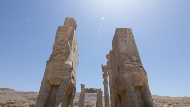 ms tu shot of persepolis, world heritage / shiraz, fars province, iran  - persepoli video stock e b–roll