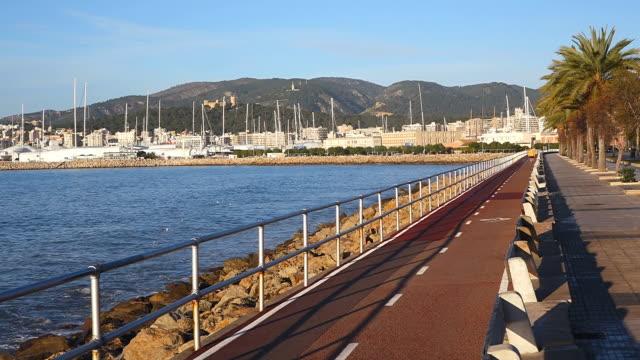 ws shot of promenade at parc de la mar / palma de mallorca, mallorca, balearic islands, spain - promenade stock videos & royalty-free footage