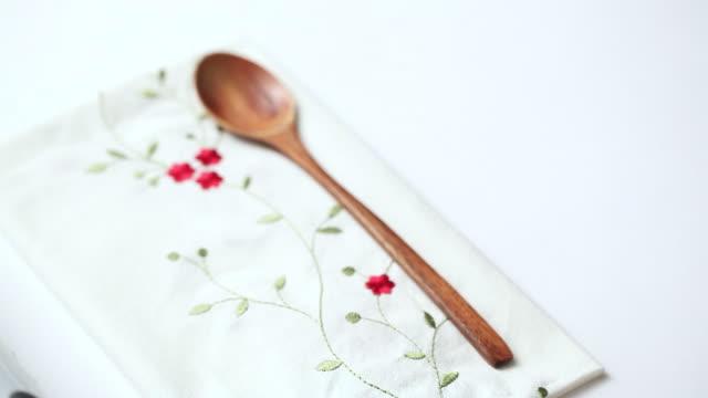 stockvideo's en b-roll-footage met ecu shot of putting multigrain rice beside spoon / seoul, south korea - tafelkleed