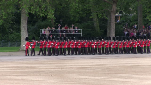 MS TS Shot of Queen's Birthday Parade at Whitelhall AUDIO / London, United Kingdom