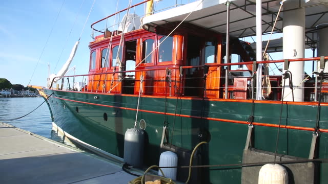 MS PAN Shot of replica Cangarda steam yacht deck / United States