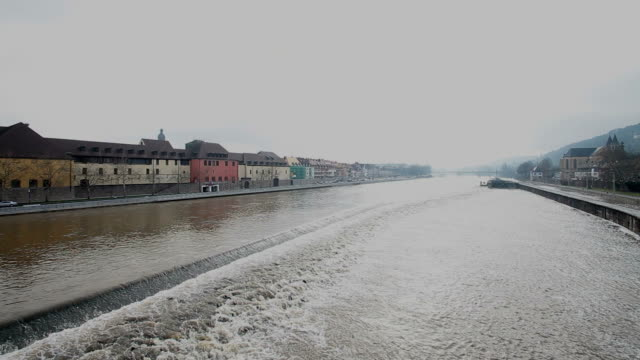 ws shot of river in wurzburg / wurzburg, bavaria, germany - wurzburg stock videos and b-roll footage