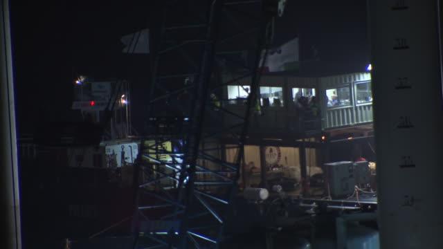 vídeos y material grabado en eventos de stock de ms shot of salvage operations control room barge at night / giglio porto, tuscany, italy - crucero barco de pasajeros