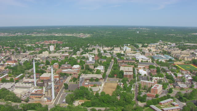 WS AERIAL Shot of six columns at University of Missouri / Columbia, Missouri, United States