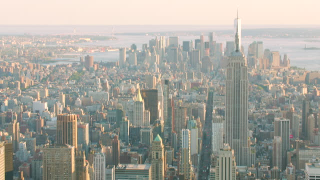 'WS AERIAL ZO TU Shot of Skyline / New York City, United States'