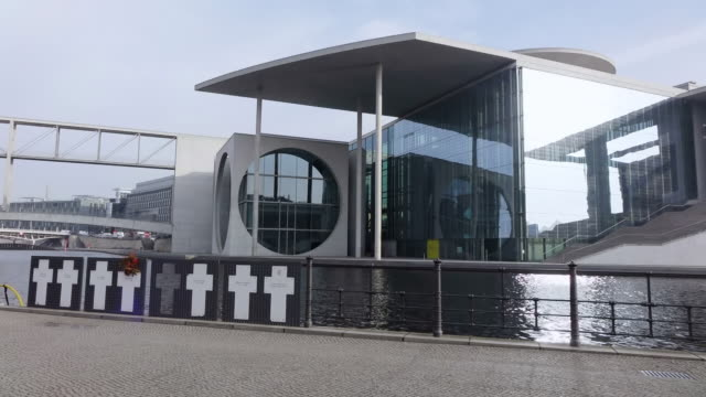 ms shot of spree river and marie elisabeth luders haus / berlin, germany - river spree stock videos & royalty-free footage