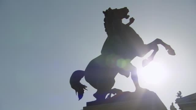 CU PAN Shot of statue in front of Austrian Parliament Building / Vienna, Austria