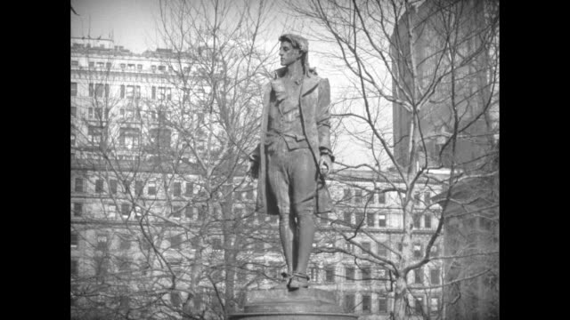 shot of statue of captain nathan hale hero of the american revolutionary war / note exact year not known - american revolution stock videos & royalty-free footage