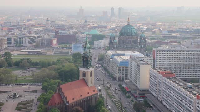 WS Shot of St.-Hedwigs-Kathedrale, Evangel. Kirchengemeinde Marien-Nikolai, Karl-Liebknecht-Strabe / Berlin, Berlin, Germany