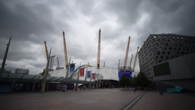 shot of the o2 arena as parts of it open after lockdown restriction and lifted on july 15, 2020 in london, england during the coronavirus covid-19... - the o2 england stock videos & royalty-free footage