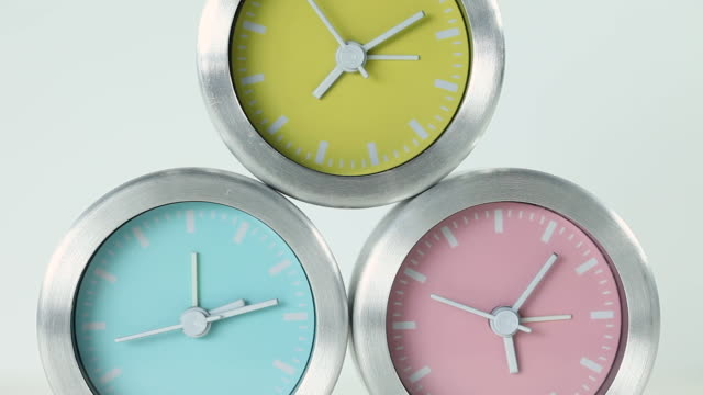 cu shot of three clocks / seoul, south korea - tre oggetti video stock e b–roll