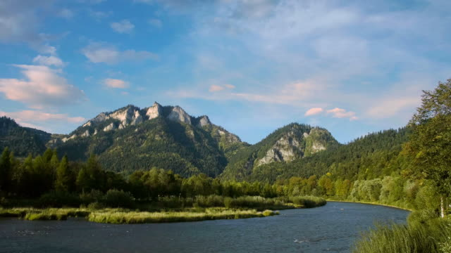 WS PAN T/L Shot of Three Crowns is summit of Pieniny Mountains in south of Poland / Szczawnica, Szczawnica County, Poland