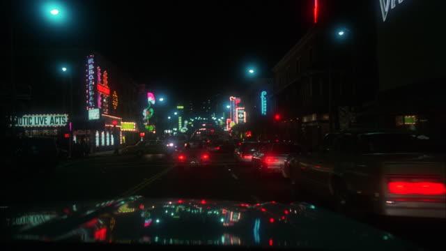 ms pov shot of traffic moving on san francisco streets - biografskylt bildbanksvideor och videomaterial från bakom kulisserna