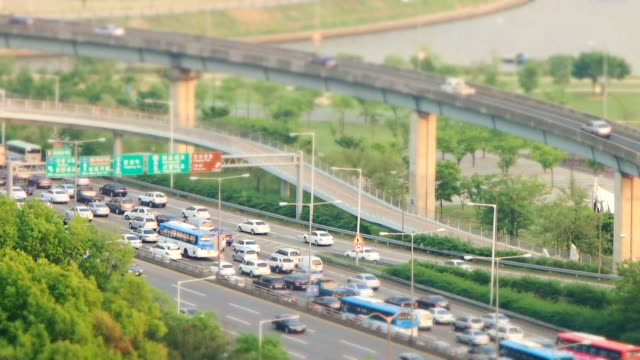 MS T/L Shot of traffic on Gangbyeonbungno Express in Hangang Riverside Area / Seoul, South Korea