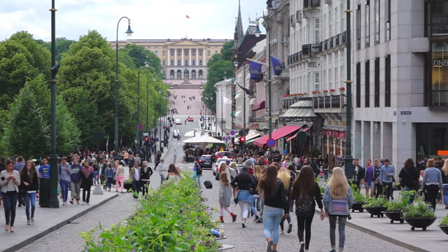 ms shot of traffic with karl johans gate and royal palace / oslo, norway - norway stock videos & royalty-free footage