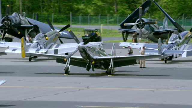 """WS TS PAN Shot of US Army airplane landing place / Washington DC, United States"""