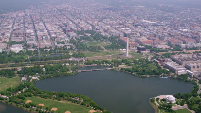 """ha zo ws aerial shot of white house  / washington dc, united states"" - la casa bianca washington dc video stock e b–roll"