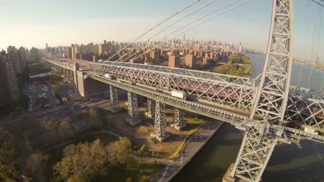 WS AERIAL SLO MO TU Shot of Williamsburg bridge / New York, United States
