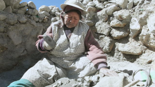 shot of woman working in mine / potosi, bolivia - bolivia stock videos & royalty-free footage