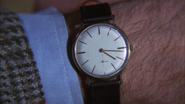 MS Shot of wristwatch
