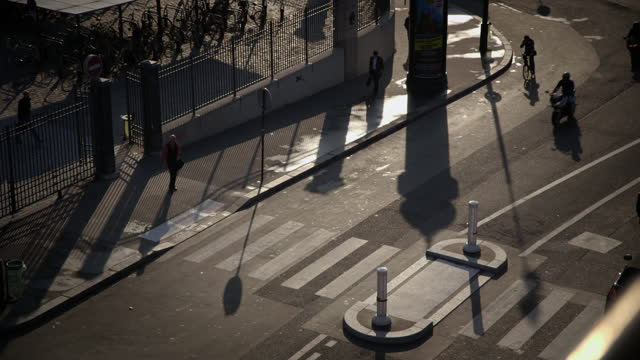 shots of pedestrians in paris, france - boulevard stock videos & royalty-free footage