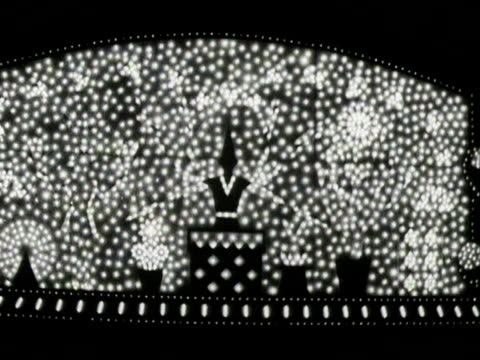 shots of the blackpool illuminations. - ブラックプール点の映像素材/bロール