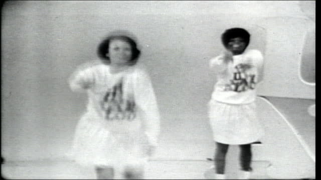 show open featuring the hullabaloo dancers. introductions of little jimmy dickens and marvin gaye, bruce scott, and dusty springfield. - television show stock-videos und b-roll-filmmaterial