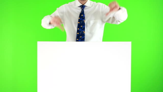 HD: Showing on Green Screen