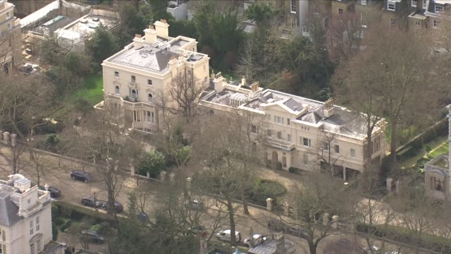Shows aerial shots wealthy areas of London where Russian Billionaires own homes including Roman Abramovich and Leonard Blavatnik Exterior shots high...