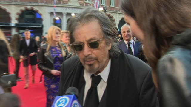 shows exterior shots actor al pacino on the red carpet for the bfi's london film festival closing night gala premiere of martin scorsese's filme 'the... - premiere stock-videos und b-roll-filmmaterial