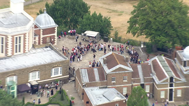 shows exterior shots aerials the royal observatory greenwich short flight across to construction work in lewisham on august 12 2015 in london england - royal navy college greenwich stock videos & royalty-free footage