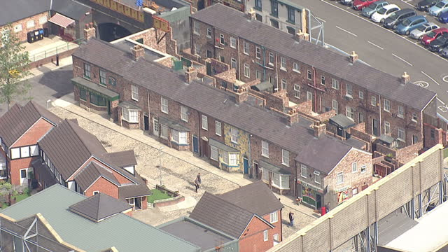 shows exterior shots aerials the set of coronation street salford quays on august 12 2015 in salford england - コロネーションストリート点の映像素材/bロール