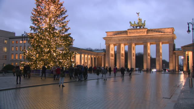 Shows exterior shots Brandenburg Gate at dusk on 11th December 2018 in Berlin Germany