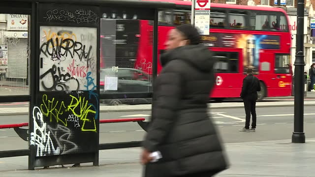 shows exterior shots brixton streetscenes, shoppers, traffic, shops, on 23rd may, 2021 in london, england, united kingdom - high street stock videos & royalty-free footage