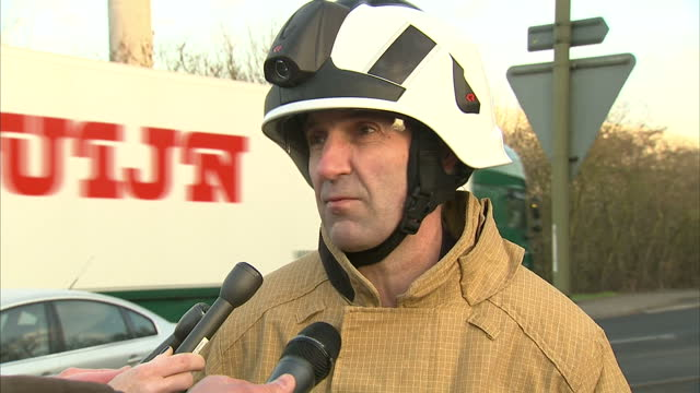 shows exterior shots press briefing soundbites with simon furlong assistant chief fire officer oxfordshire fire and rescue on search for missing and... - didcot stock videos and b-roll footage