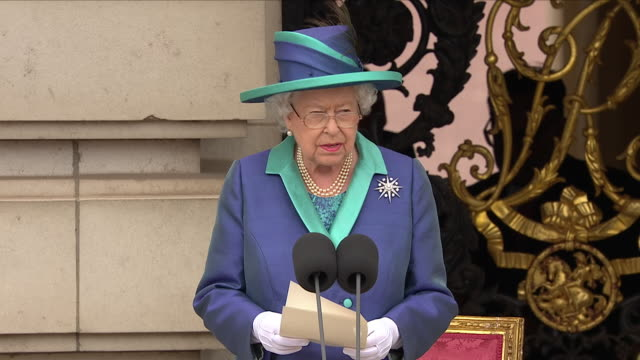 shows exterior shots queen elizabeth ii giving speech at a ceremony at buckingham palace to mark the 100th anniversary of the raf, speaking on the... - elizabeth ii stock videos & royalty-free footage
