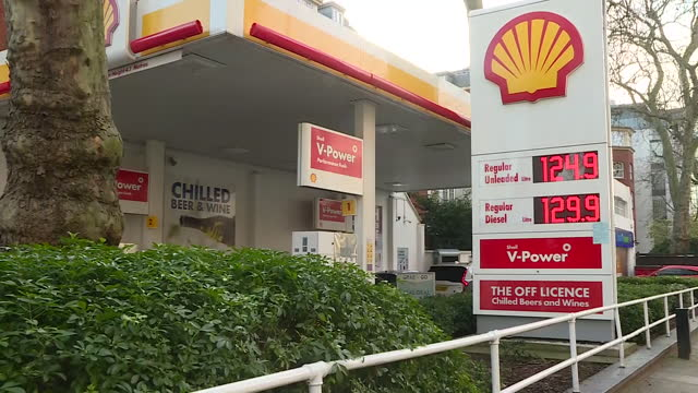 shows exterior shots shell petrol stationin london, close ups of shell company symbol, petrol and diesel prices, petrol pumps. oil giant, shell today... - service stock videos & royalty-free footage