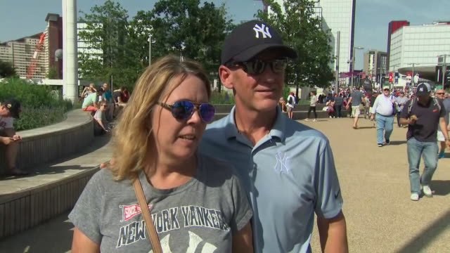 shows exterior shots soundbite from new york yankees fans arriving for match outside the london stadium in queen elizabeth olympic park the duke and... - baseballmannschaft stock-videos und b-roll-filmmaterial
