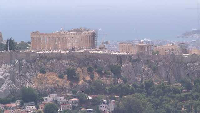 shows exterior shots the parthenon atop the acropolis citadel wide shot of the athens skyline on june 28 2015 in athens greece - panathinaiko stadium stock videos & royalty-free footage