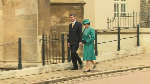 shows exterior shots various members of the british royal family arriving outside st george's chapel in windsor castle for the easter service... - fiancé stock videos and b-roll footage