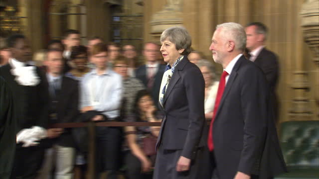 shows interior shots black rod leading speaker john bercow and mps including uk prime minister theresa may and uk labour party leader jeremy corbyn... - the queen's speech state opening of uk parliament stock-videos und b-roll-filmmaterial