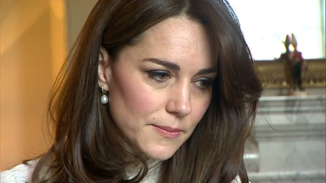 shows interior shots catherine duchess of cambridge meeting with huffington post staff and representatives from mental health charities and group of... - film editing stock videos & royalty-free footage