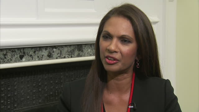 shows interior shots interview soundbite with businesswoman gina miller who brought brexit legal challenge to supreme court speaking on article 50... - 提訴点の映像素材/bロール