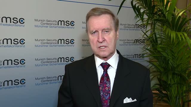 stockvideo's en b-roll-footage met shows interior shots interview soundbite with former us defense secretary william cohen speaking on trump's foreign policy and his reliance on... - betrouwbaar