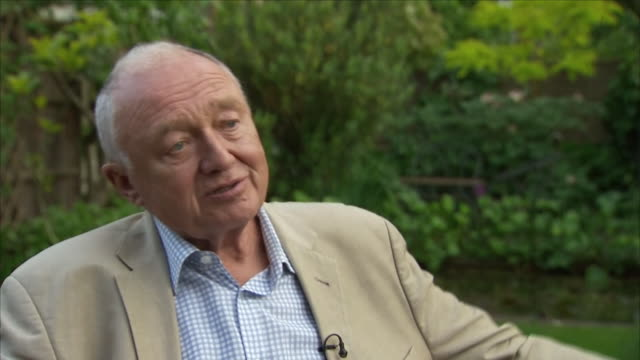 stockvideo's en b-roll-footage met shows interior shots ken livingstone and john mann having an argument following livingstone's comments on hitler and zionism in 2016 exterior shots... - ken livingstone
