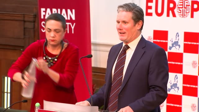 shows interior shots labour mp and shadow brexit secretary sir keir starmer arriving to give speech shadow brexit secretary sir keir starmer has... - pressure point stock videos & royalty-free footage